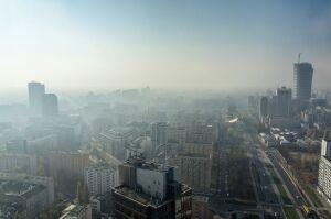 """Nie informują o smogu, bo """"uchwała i rozporządzenie"""""""