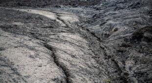 Ziemia się trzęsie, wulkan grozi ponowną erupcją (PAP/EPA/Michel Lunanga)