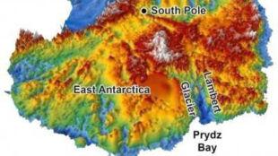 Lody Antarktydy skrywają rozległe doliny