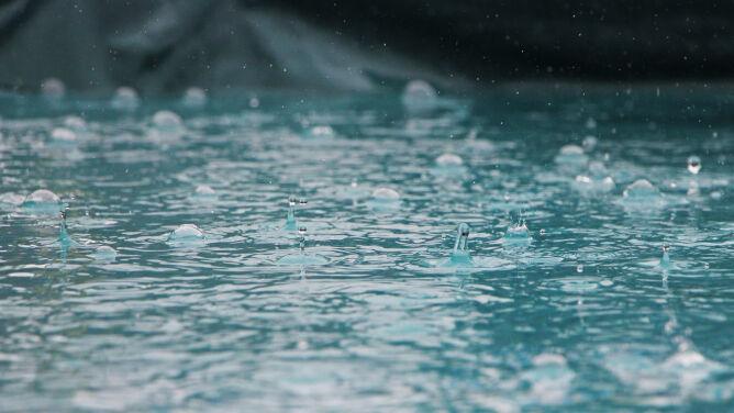 Burze i intensywne opady. Alarmy IMGW, w tym drugiego stopnia