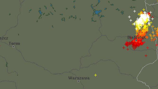 Grzmi i błyska się nad Polską. <br />Sprawdź, gdzie są burze