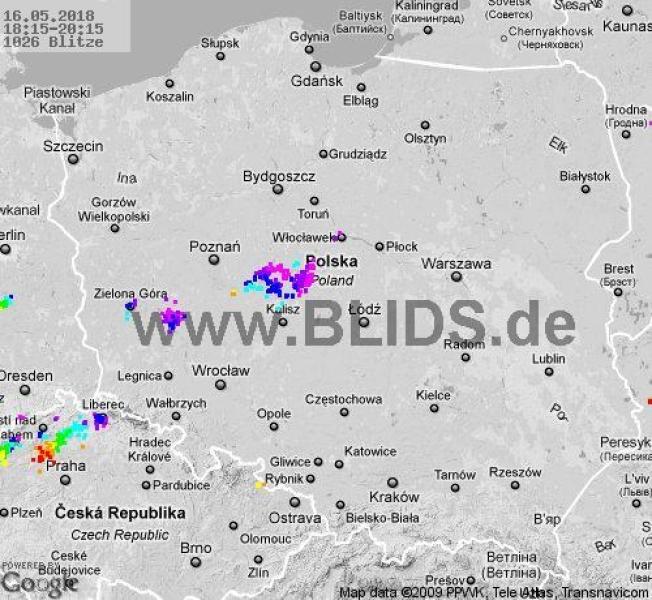 Ścieżka przechodzenia burz w godzinach 18.15-20.15 (blids.de)